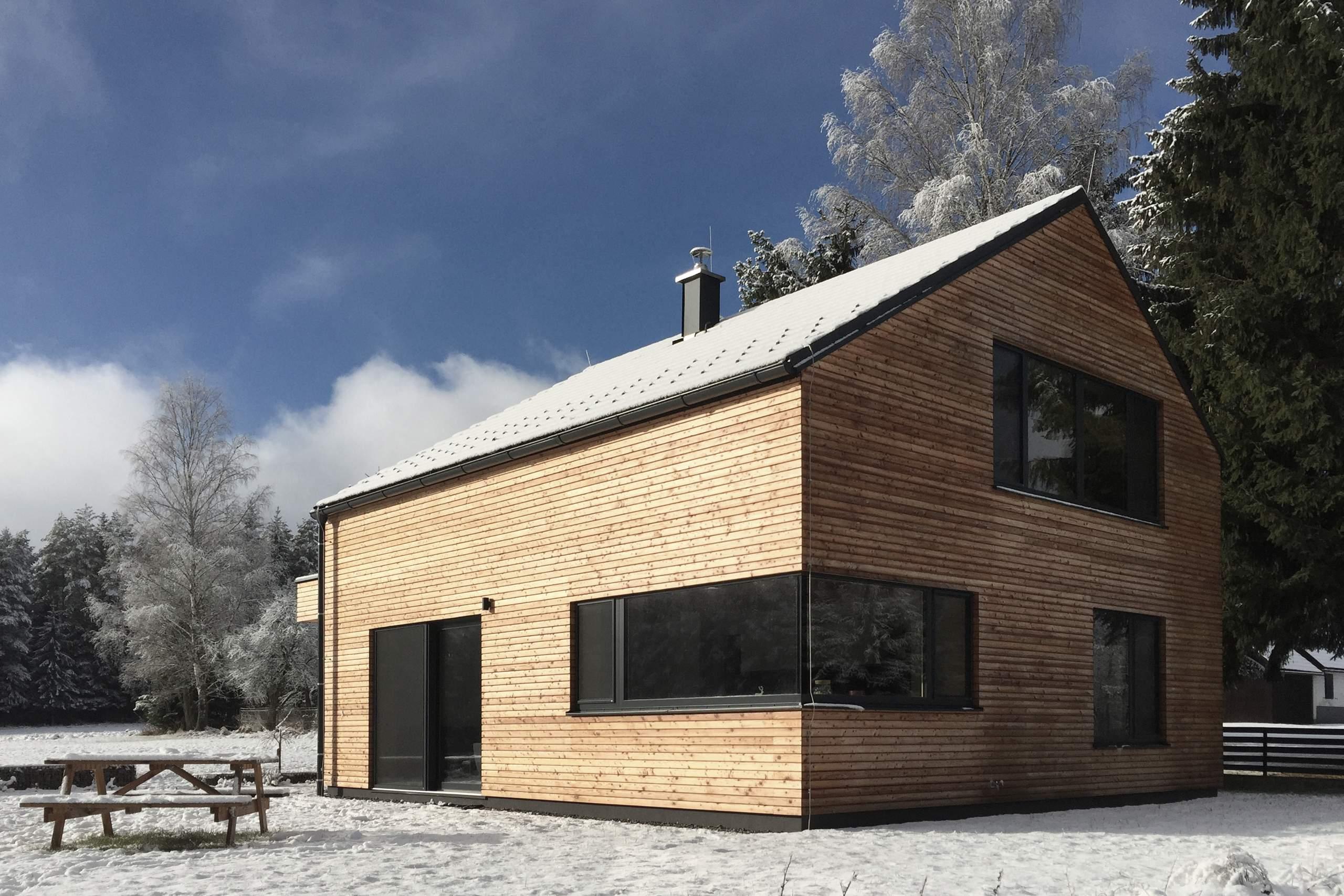 gopprechts niedrigenergie wochenendhaus liegler takeh architekten. Black Bedroom Furniture Sets. Home Design Ideas